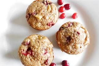 Hearty Oatmeal Cranberry Muffins