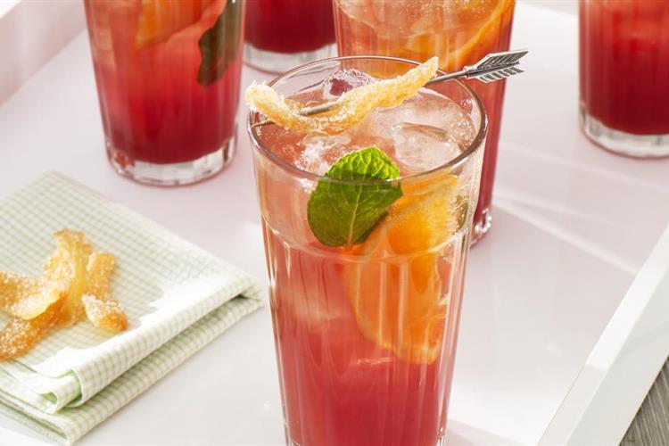 Cranberry-Pomegranate Ginger Splash