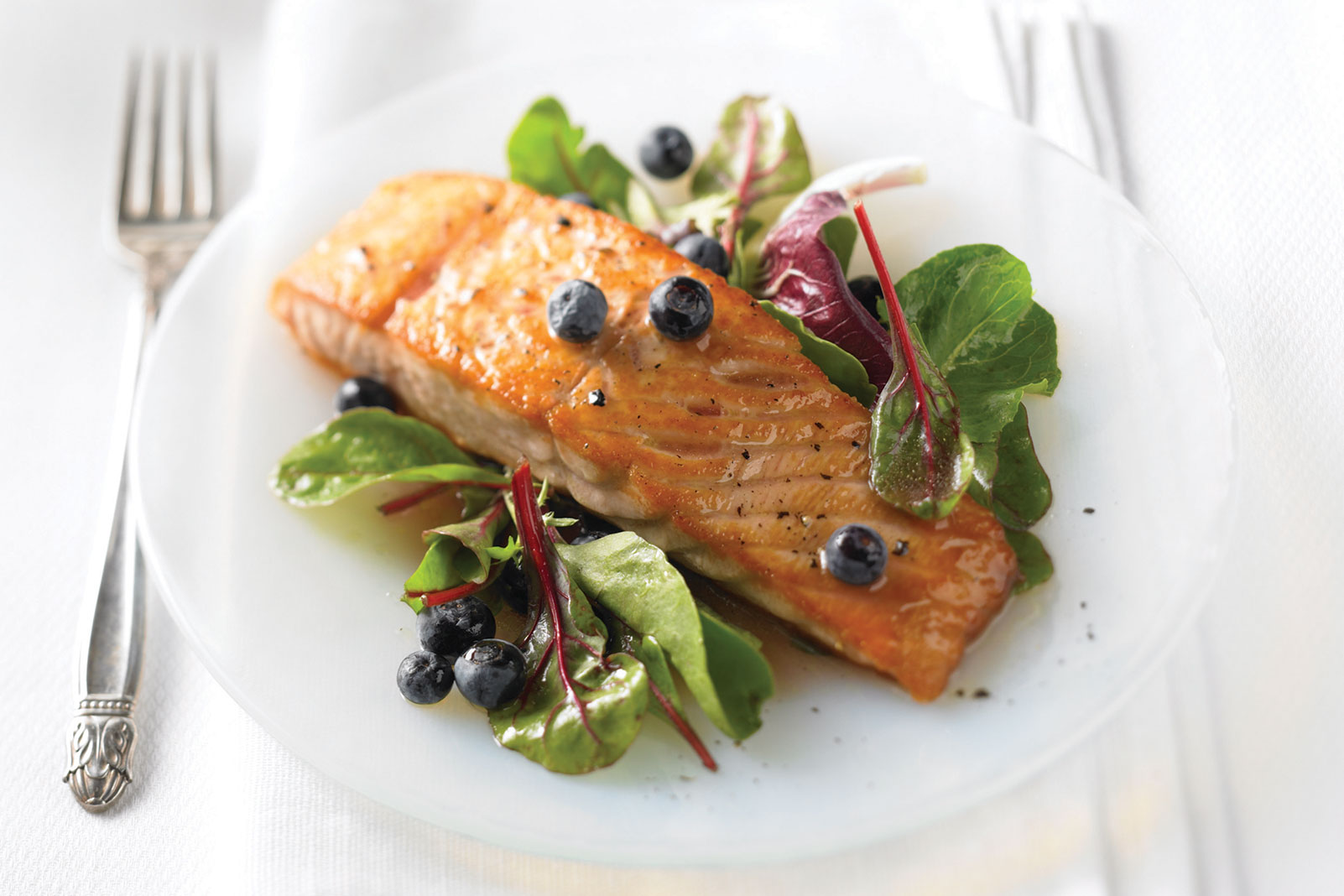 Salmon with Cranberry-Blueberry Vinaigrette and Baby Greens
