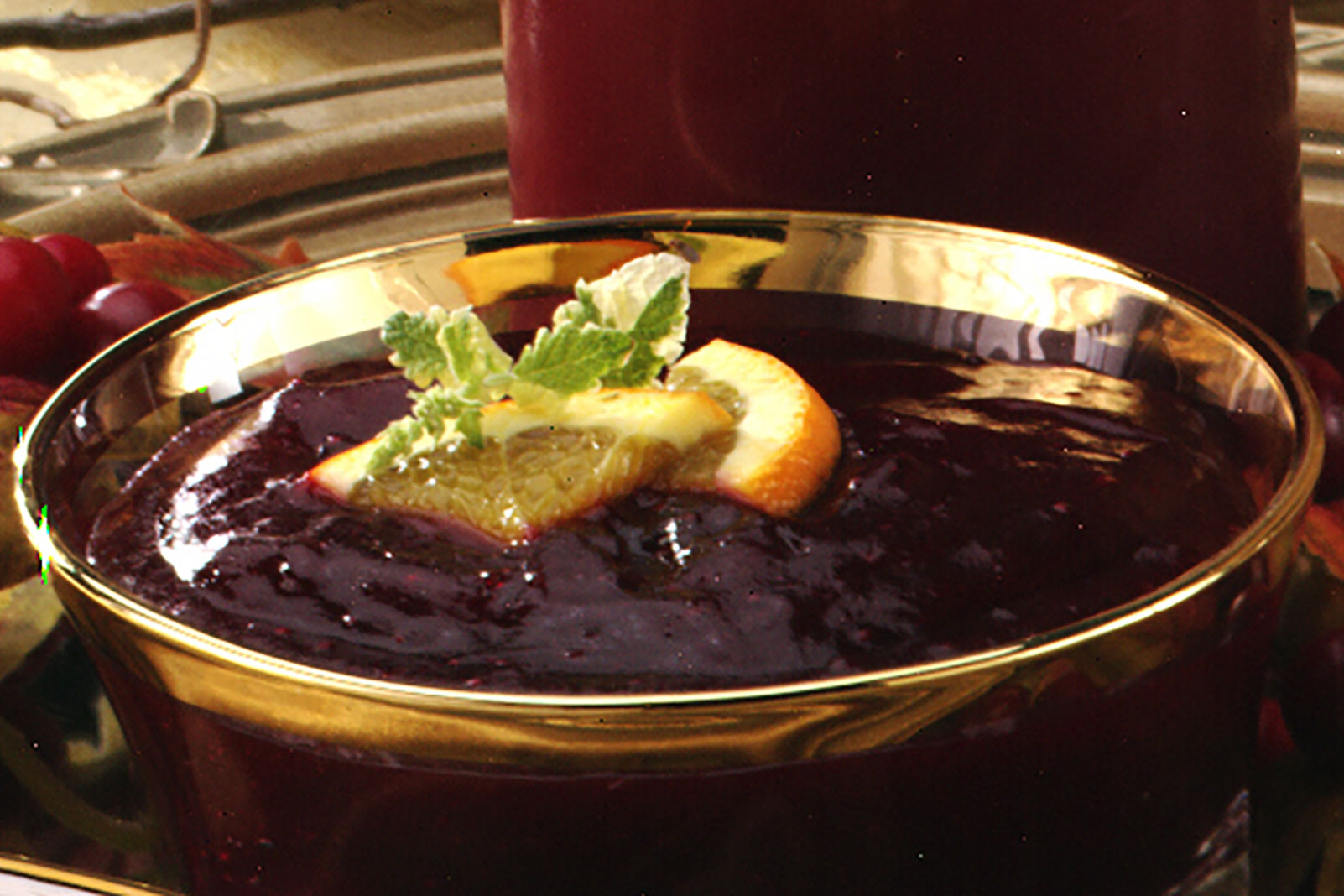 Homemade Jellied Cranberry Sauce